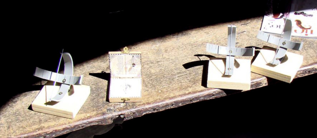 Taller de Construcción de Relojes de Sol - AstroAlcalá 2010