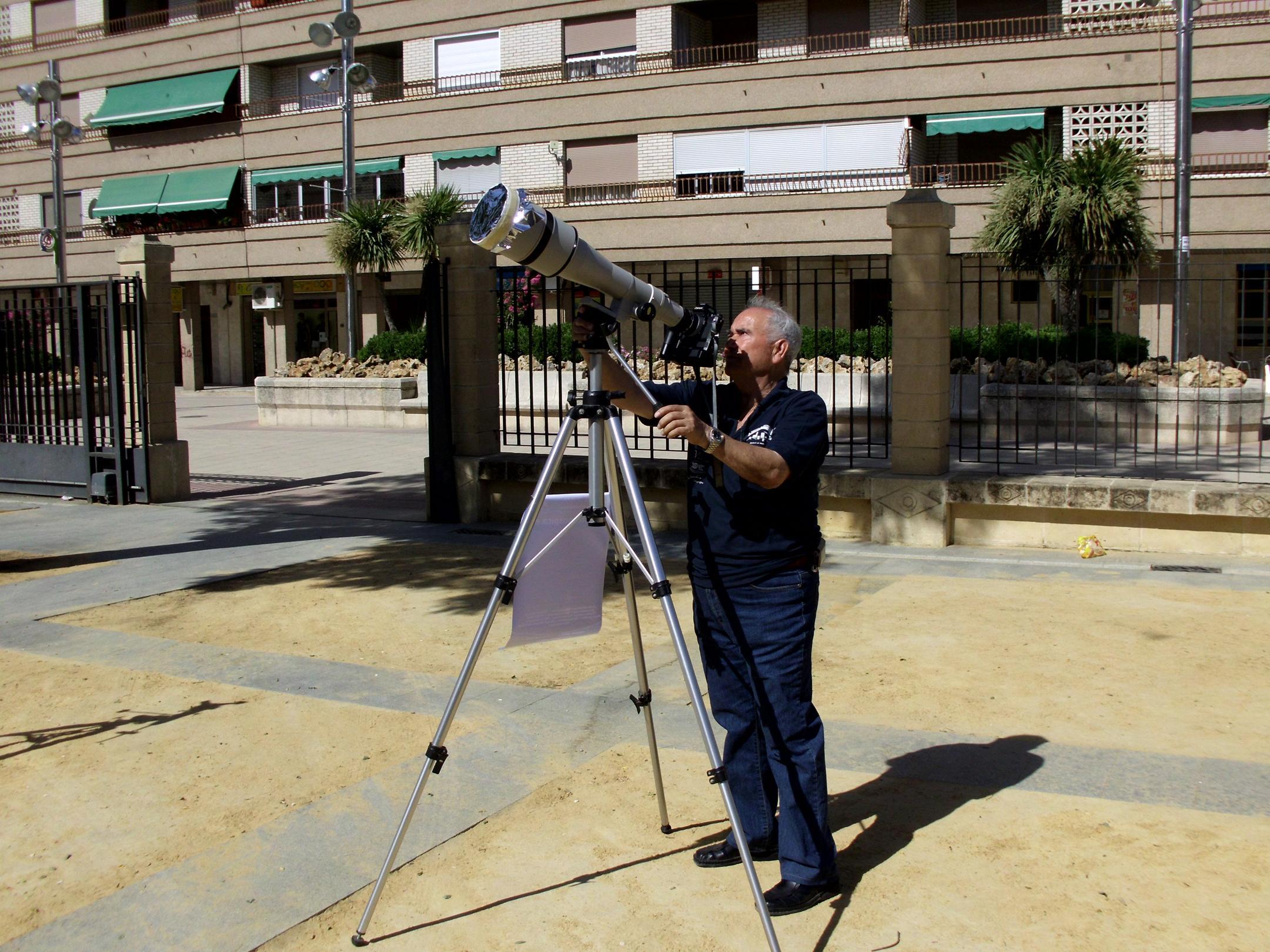 Observación solar - AstroAlcalá 2012