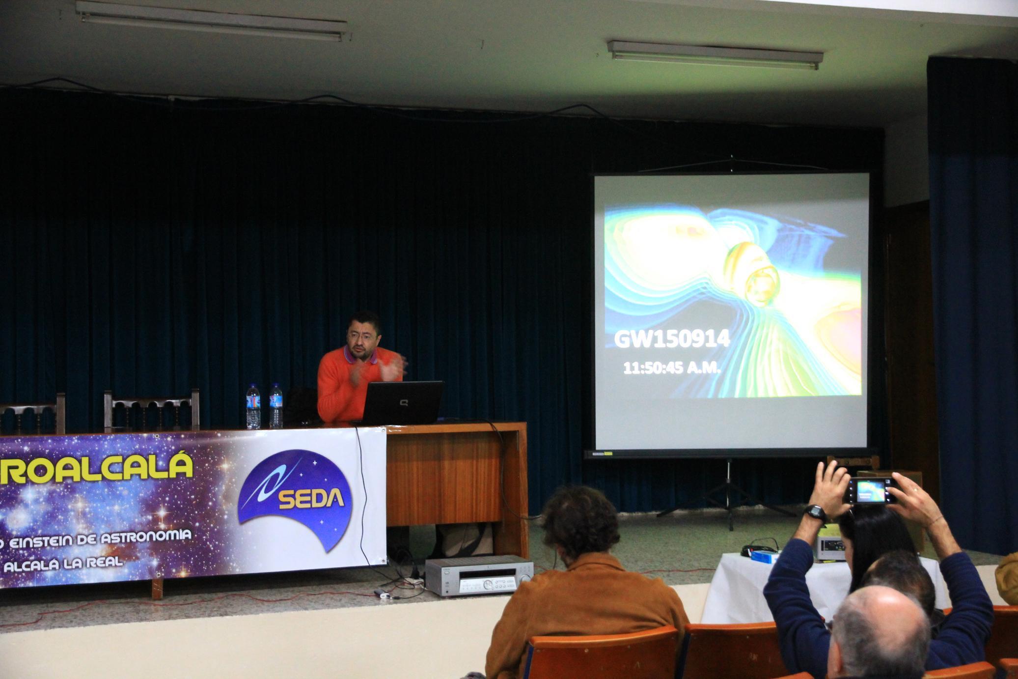 Dr. Francisco Villatoro - AstroAlcalá 2016